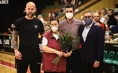 Díky, paní trenérko! Jana Hajžmanová po dlouhých padesáti letech ukončila kariéru